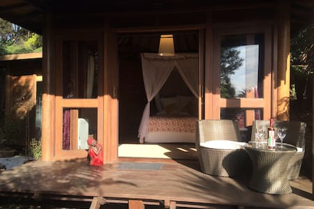 Atanga Balinese Cottage/Retreat - Auckland - Chalet