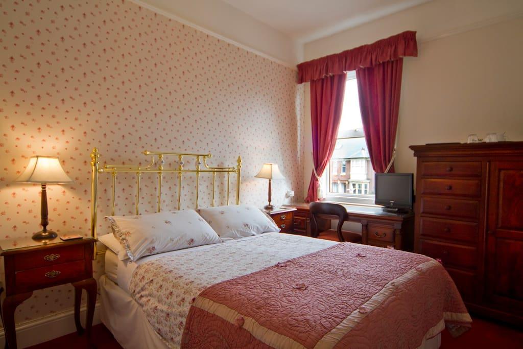 Virginia Lodge Double En-suite (2)