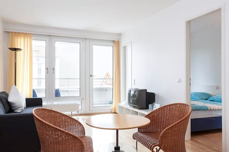 45-m²-Apartment Checkpoint Charlie