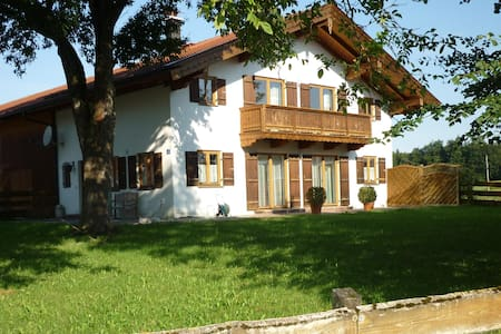 Landhaus Aying, südöstlich München - Haus
