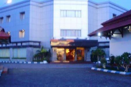 Nirmala Biak Beach Hotel - Βίλα
