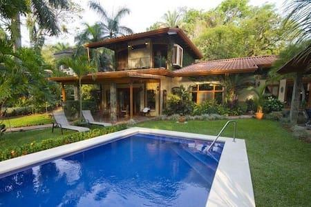 Jaco Beach, Los Sueños VIP house