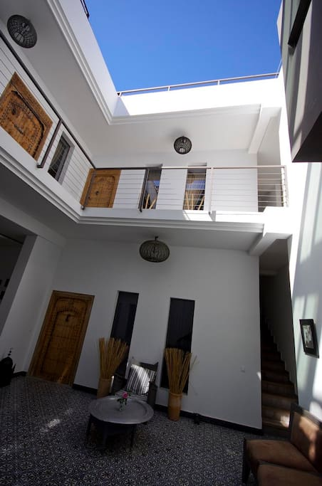 TANGER ROOM IN A COOL RIAD