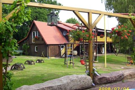 Zimmer, Ferienwohnung - Arpsdorf - Wohnung
