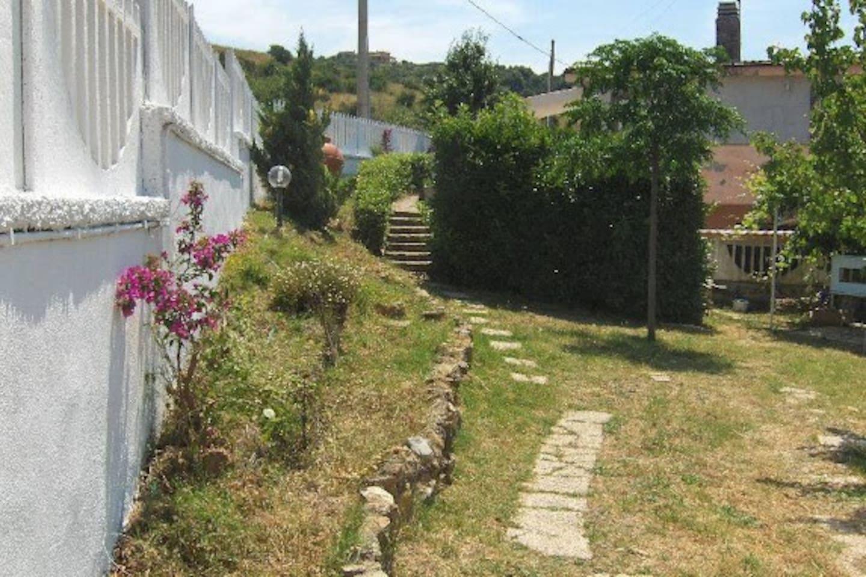 b&b Civitavecchia Oasi del Relax Ingresso giardino