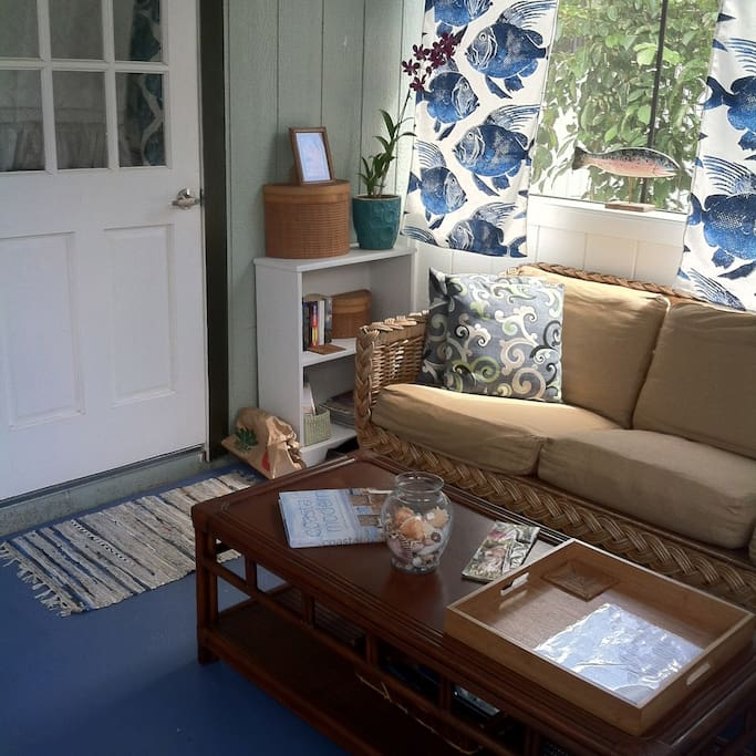 Screen porch living space