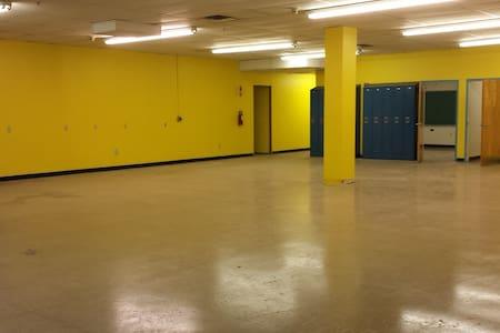 Hewn Arts Center - Event Space! - Jersey City - Loft