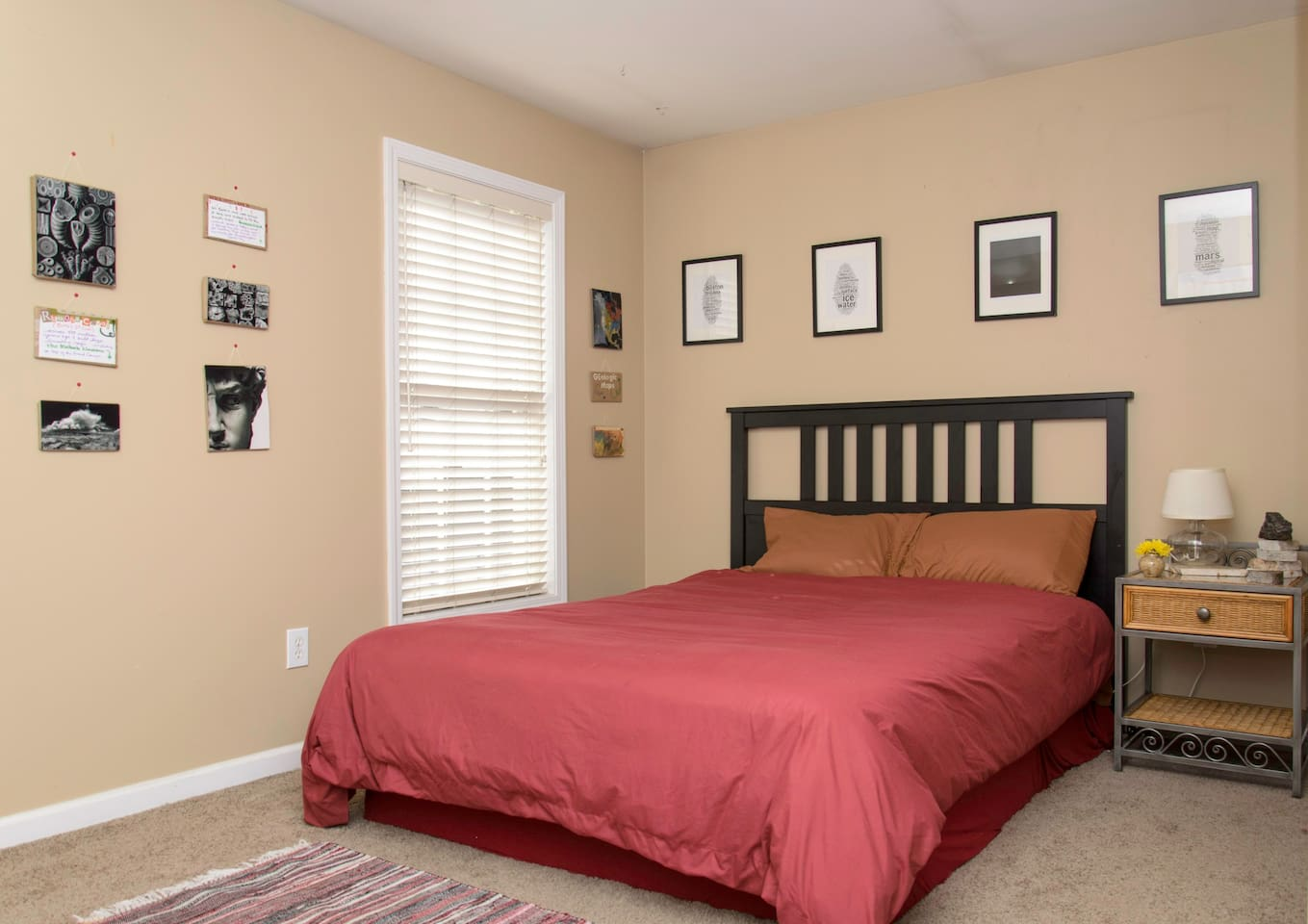 Here is your comfortable queen sized bed.