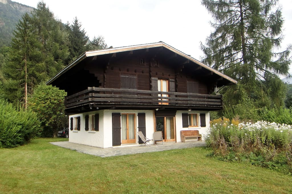Chalet and garden