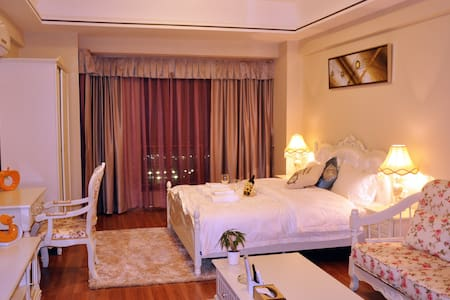万达奥斯顿酒店公寓-臻品大床房 - Pis