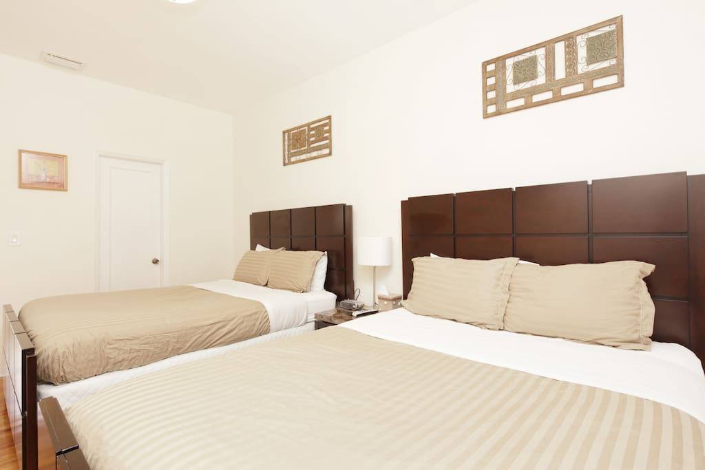 2 Queen beds and large closets