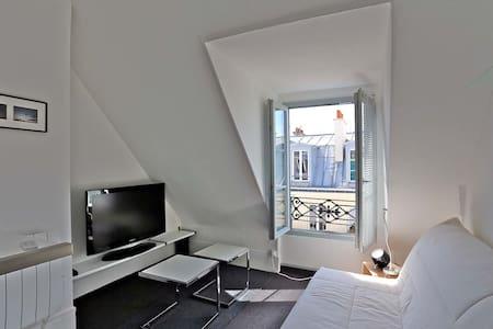 Beau studio au coeur de Montmartre