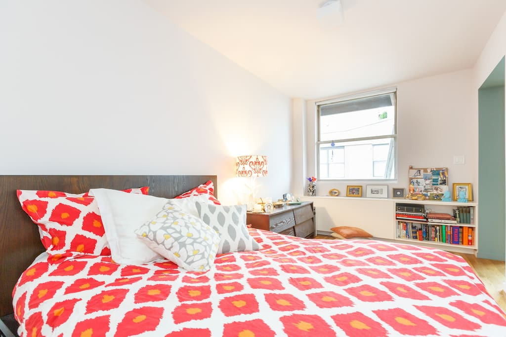 LUXE Flat in Heart of NYC Nightlife