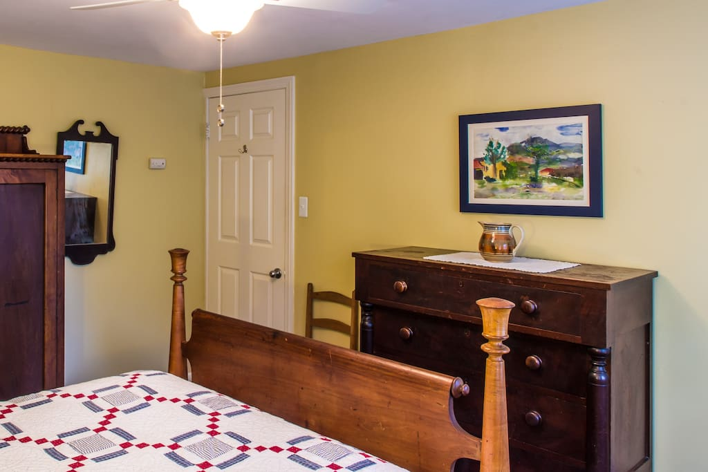 Charming 2 Room Suite, Private Bath