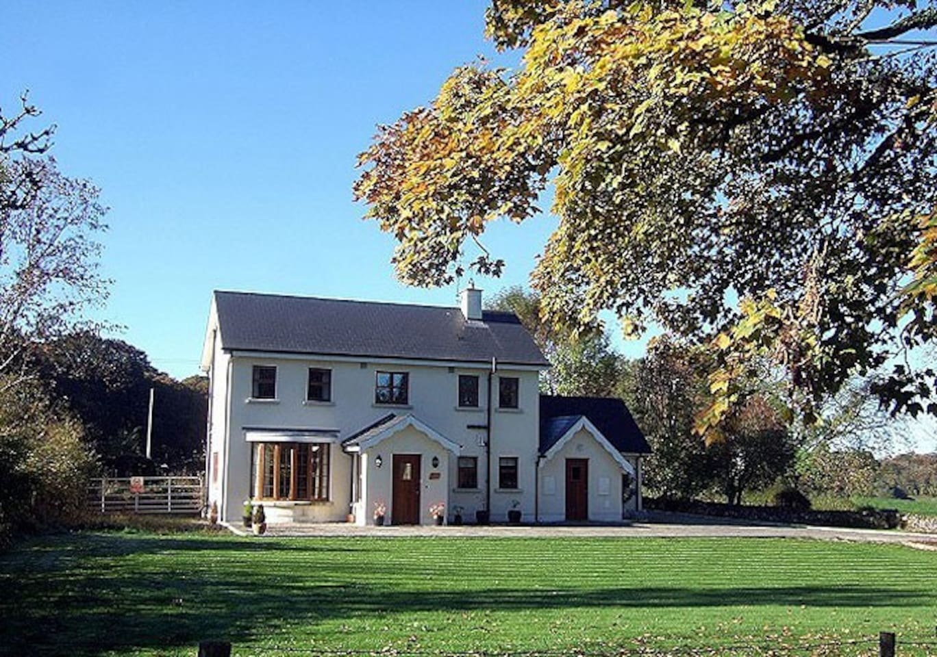 Beech Lodge & Oak Lodge - Modern facilities set in an idyllic countryside setting, 15 minutes from Kilkenny City