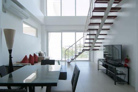 2BR Penthouse Station 1 White Beach - Malay - Loft