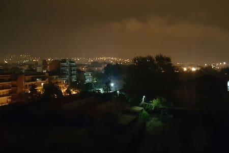 Top floor apartment with nice view! - Μενεμένης