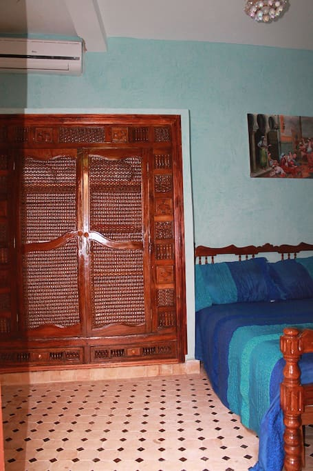 autre vue de la chambre bleu
