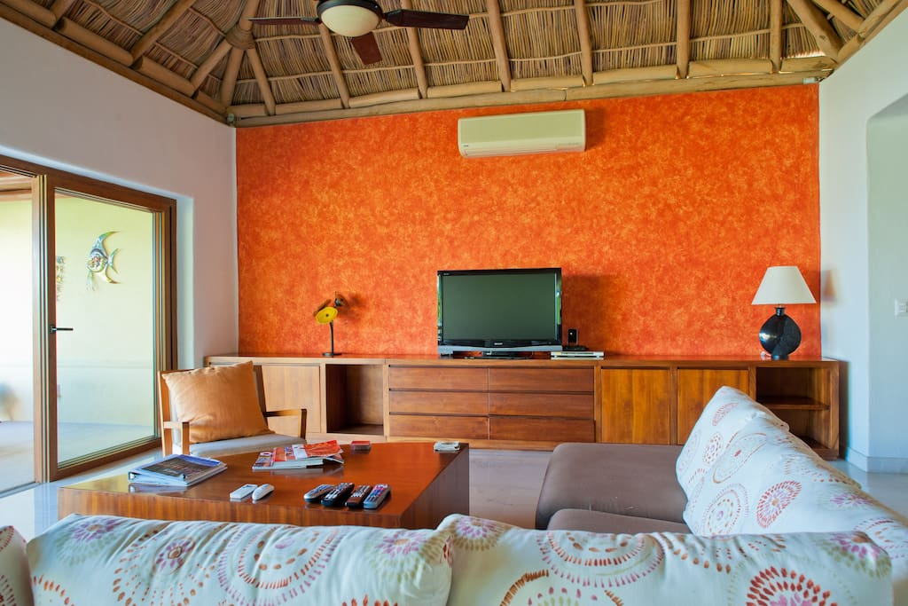 Fully airconditioned living room