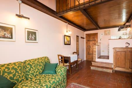 """"""" La Rocca """" Studio Apartment - Wohnung"""