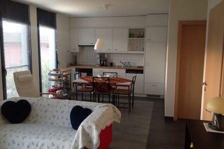Grazioso appartamento indipendente - Wohnung