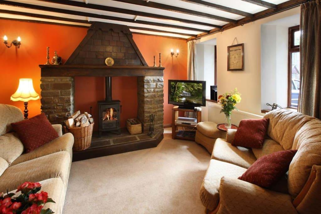 Entire Cottage on Historic Estate