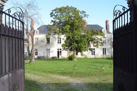 Ode Villa Pronzat - Lyxvåning