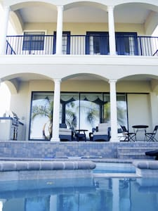 Luxury Villa Golf Front @ Reunion