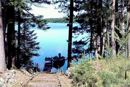 Peaceful, lakefront getaway! - Ház