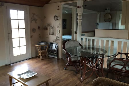 Large Cannery Row ocean view studio - Monterey - Appartement