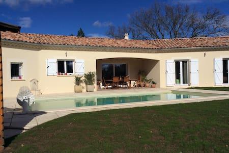 Villa tout confort en sud Ardèche - Ev