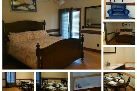 Spacious Room w. Kitchenette & Bath - Bed & Breakfast