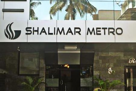 Stay At Shalimar Metro for Affordable Price - Ernakulam - Naturhytte
