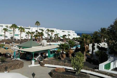 "Las Coronas ""Casa Pepinda"" - Costa Teguise - Apartment"