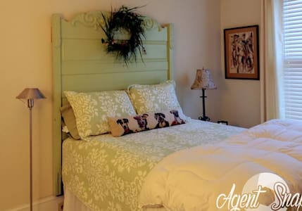 Second Floor Double Bedrooms - Bed & Breakfast