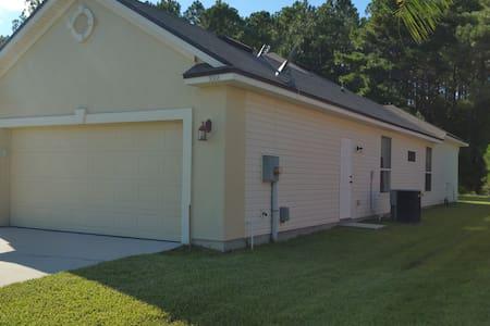 Luxurious (Westside) Large Single Family House - Casa