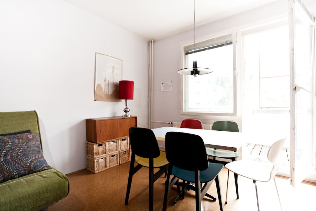 A typical german interior tradition: The Diners table. Table by Eames, chairs from the fifties designed by german tradition company Interlübke