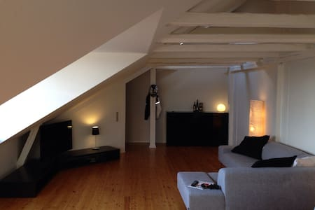 94m2 200 meters from city and train