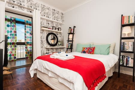 Your Home away from home in Cascais - Apartment