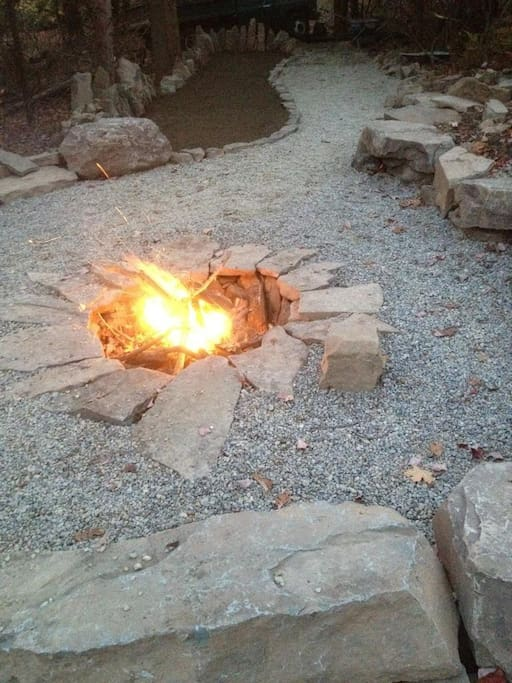 Enjoy a camp fire and game of Horseshoes or Pétanque in the back yard
