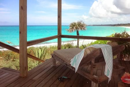 ROMANTIC HOUSE PINKSAND BEACHFRONT ELEUTHERA ISLAN - Governor's Harbour