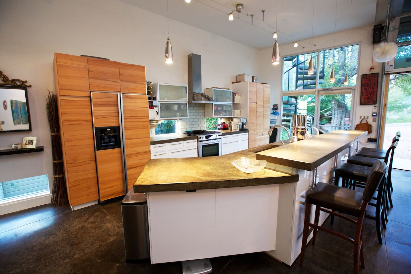 Galley style kitchen, with automatic espresso maker