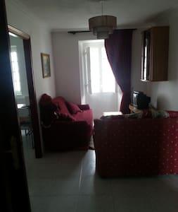 Casa rural con  2dorm,baño y cocina - Nois - House