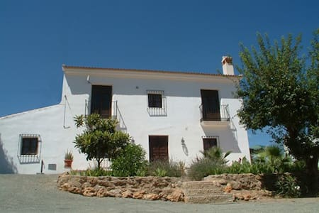 2 bedroom self-catering farmhouse apartment - Apartment