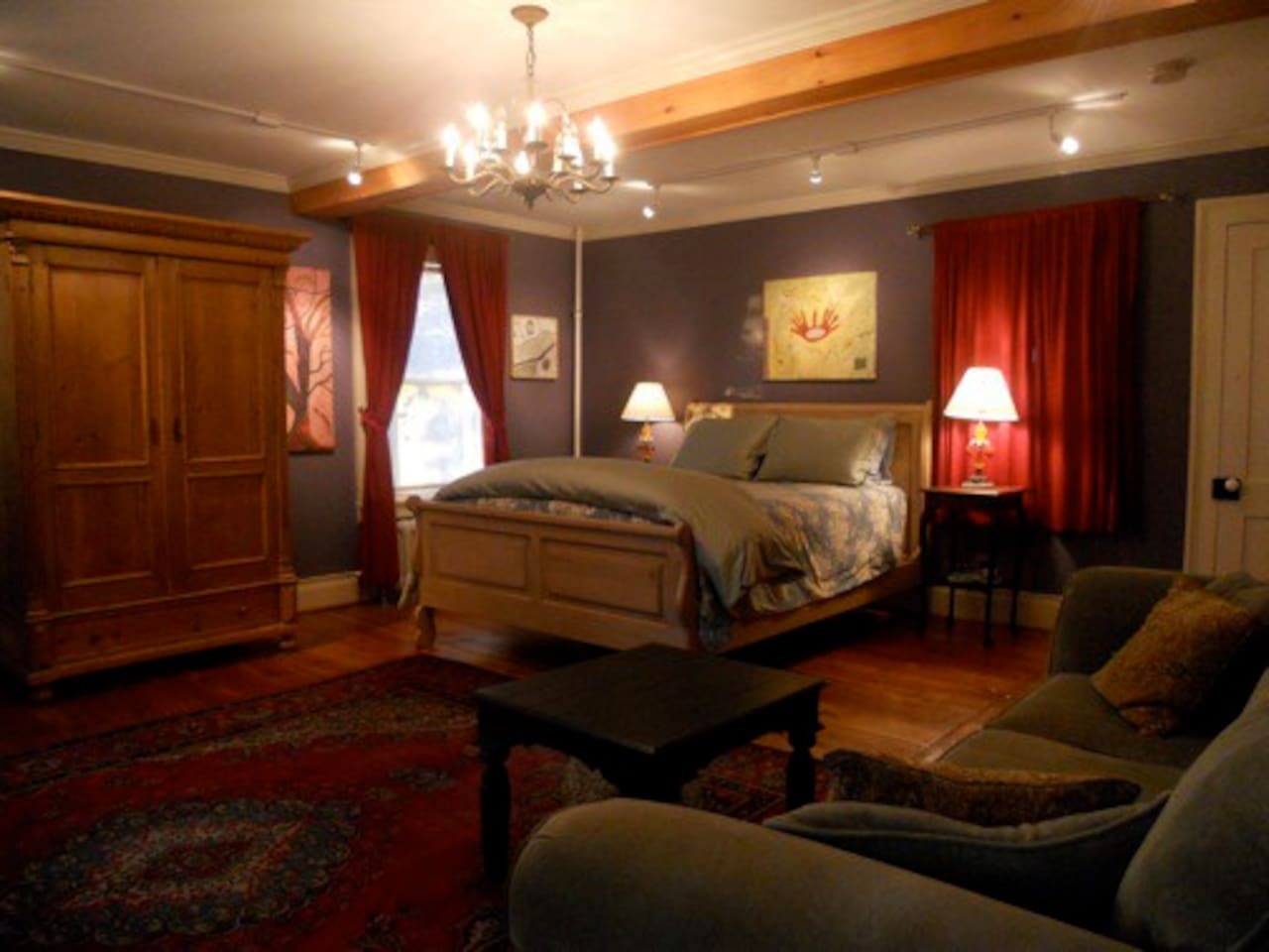 The Brook Room with queen bed