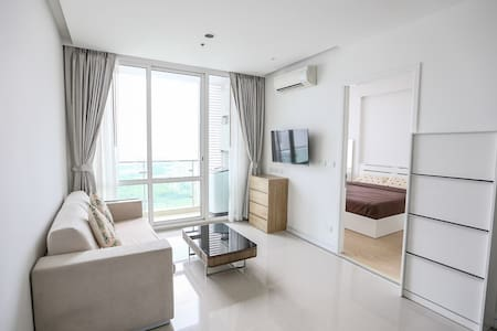 CLEAR VIEW 29FL (B433) / 1BR / WIFI / POOL / GYM - Bangkok - Condominium