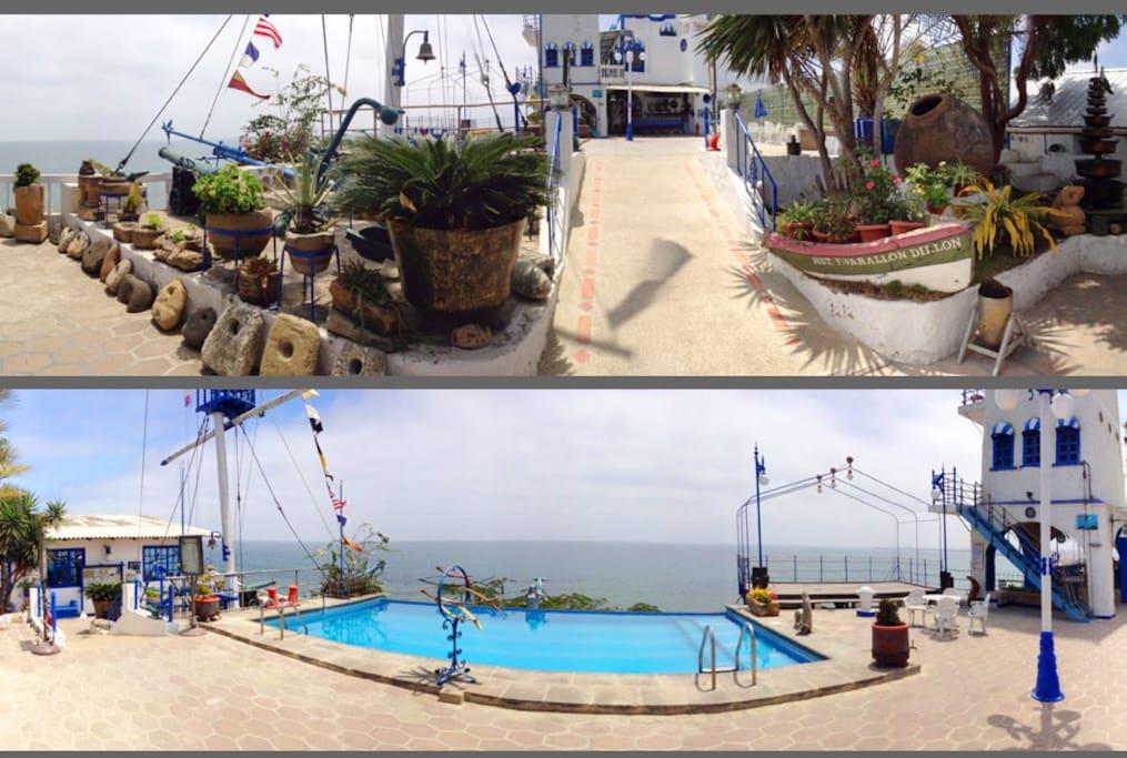 Vista de la piscina, faro y océano/ Light house, pool and ocean view
