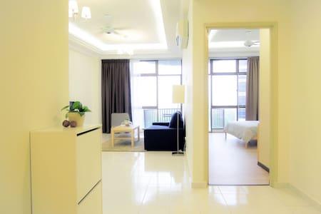 限时促销!12月平日RM240 ! G2 Seaview Condo - Malacca - Apartment