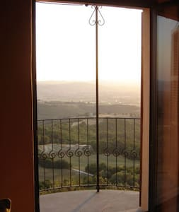 3 bed House with view near Perugia