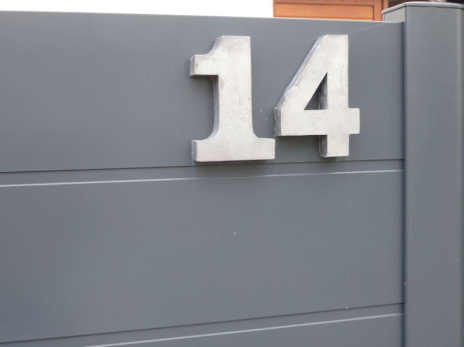 au n° 14